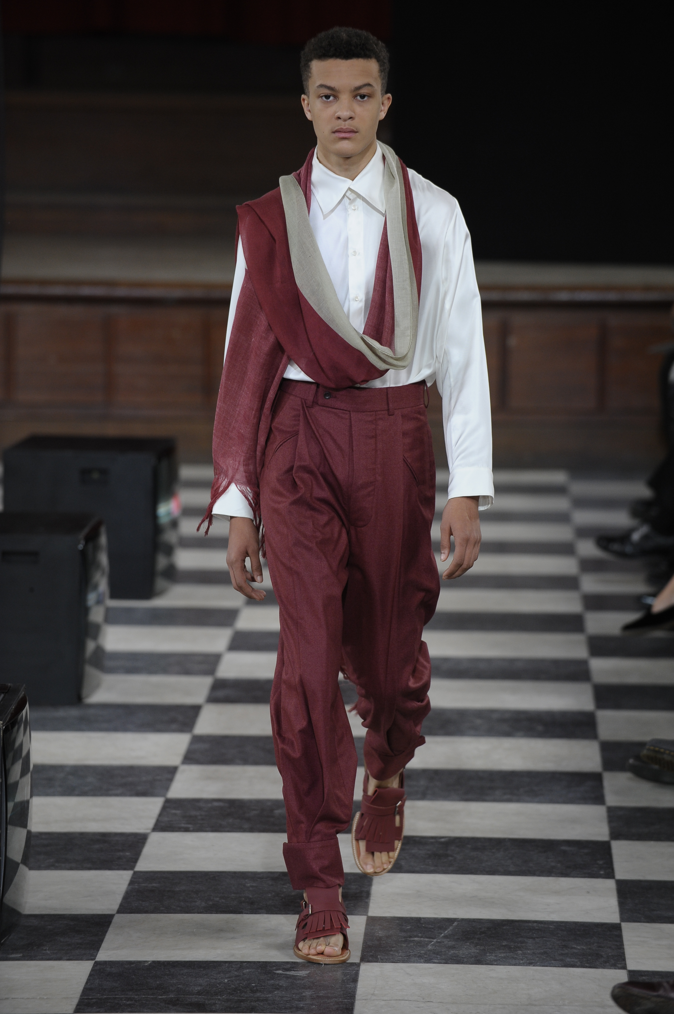 A look from Hanni Yang