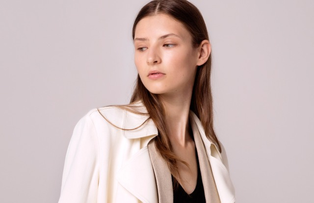 A spring look from Theory.