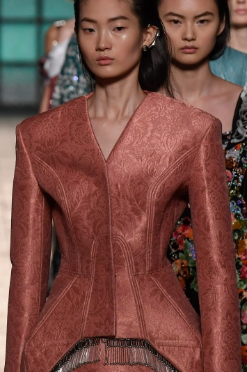 mary-katrantzou-rtw-fall-2018-london-fashion-week-164