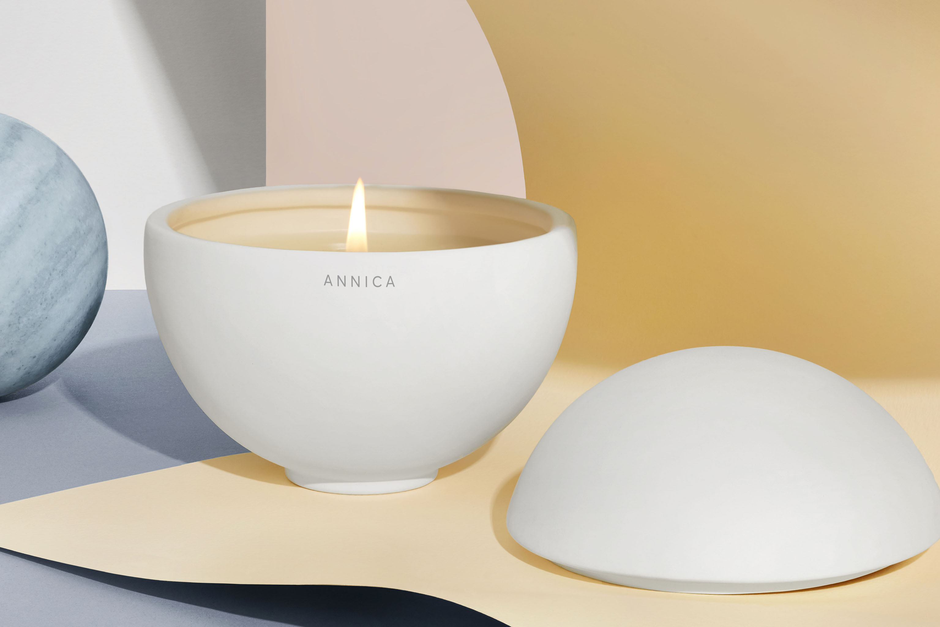 Phlur's Annica candle.