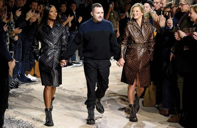 Naomi Campbell, Kim Jones and Kate Moss on the catwalk of Louis Vuitton Men's Fall 2018.