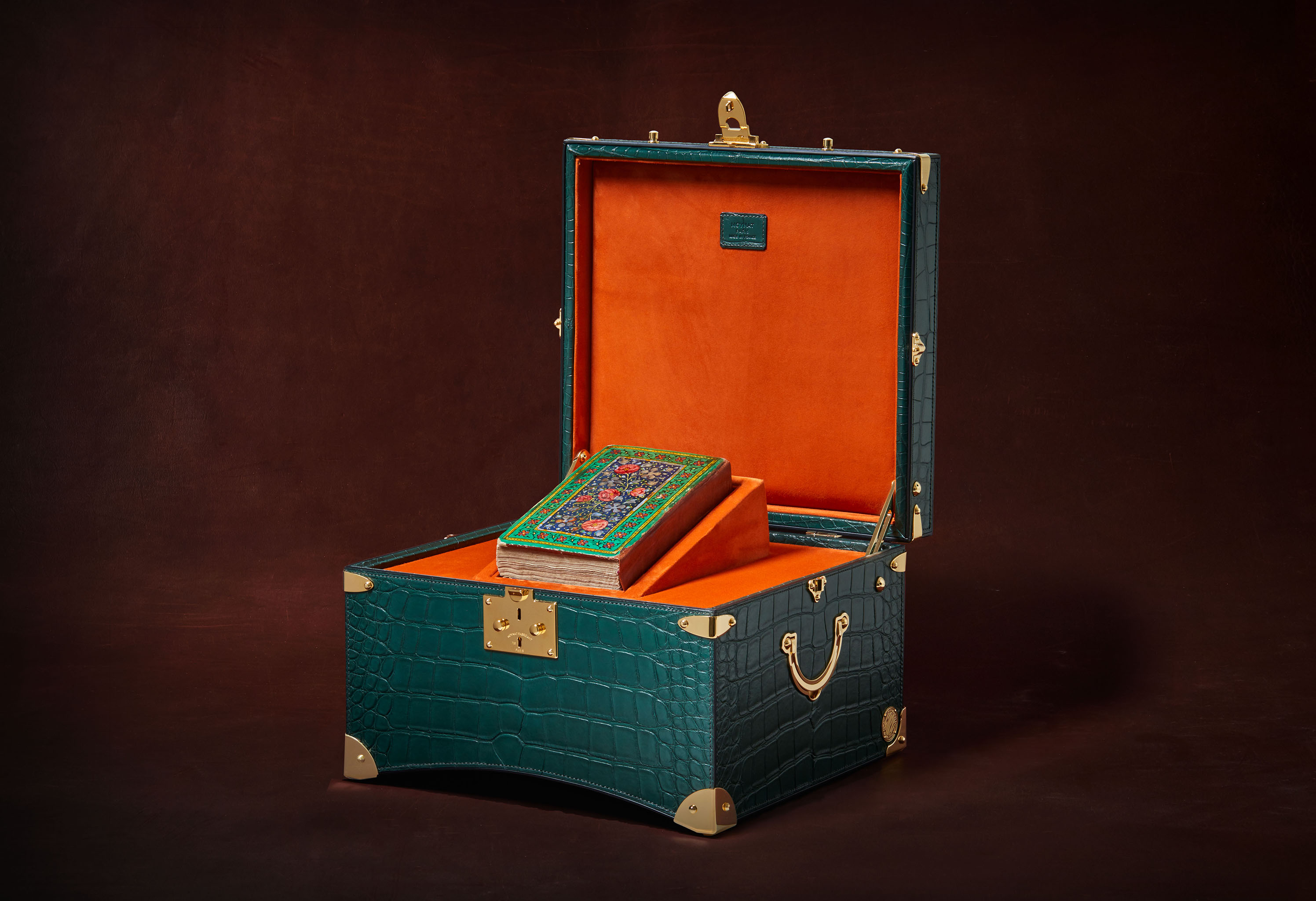 The limited edition Al Noor Trunk