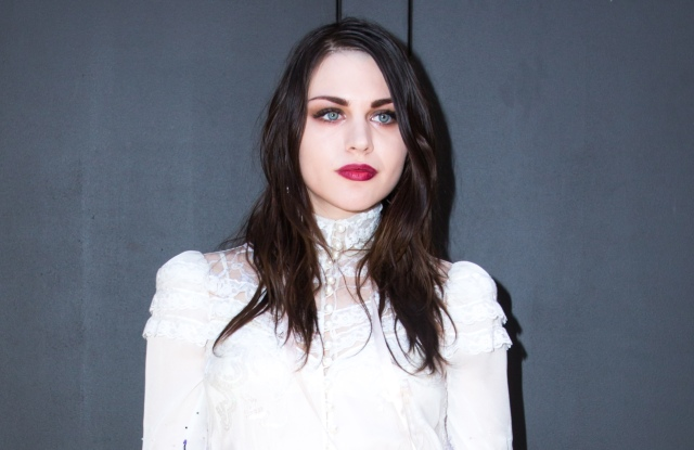 Frances Bean CobainMarc Jacobs show, Fall Winter 2017, New York Fashion Week, USA - 16 Feb 2017WEARING MARC JACOBS SAME OUTFIT AS CATWALK MODEL ZOSIA CYCHOL *5898312i AND SKAI JACKSON