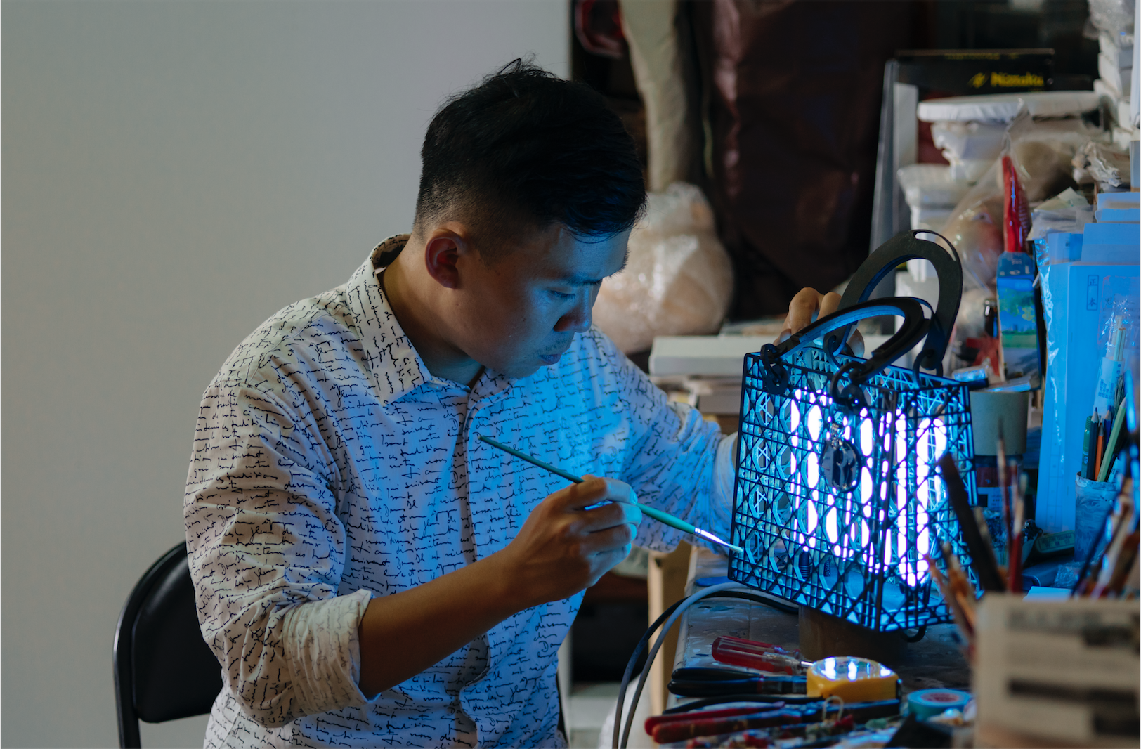 Liu Chih Hung working on his rendition of the Lady Dior bag.