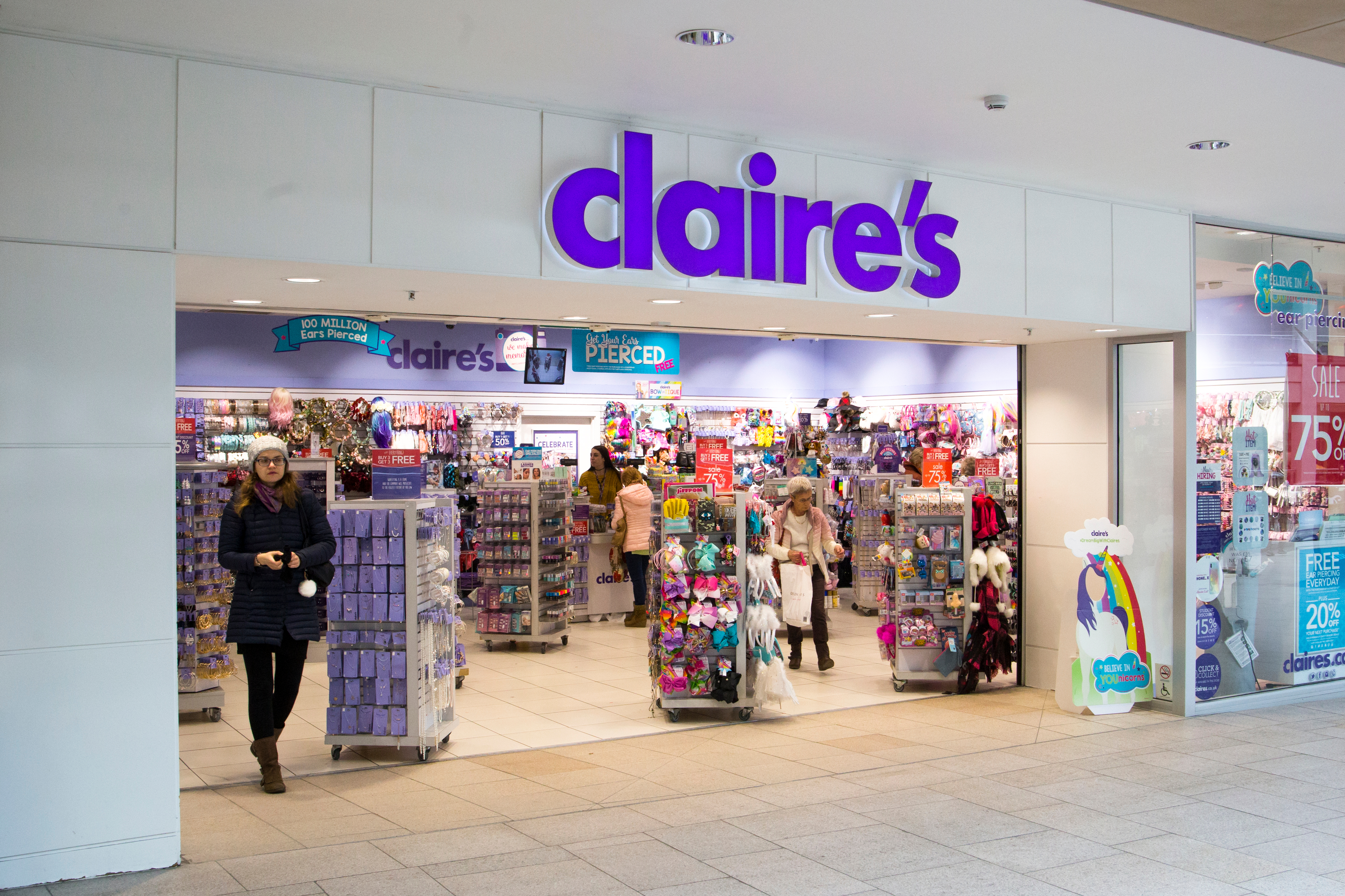 A Claire's store front.