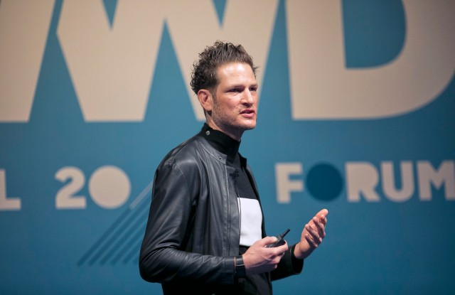 Uri Minkoff speaking at WWD's inaugural Tokyo summit in partnership with Lumine.