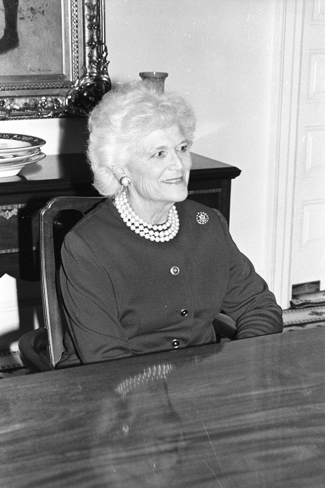 Barbara Bush, 1989.