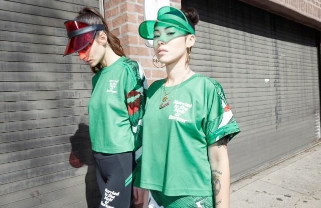 Sarah McSweeney and Emilia Ortiz in MTTM x Burton.
