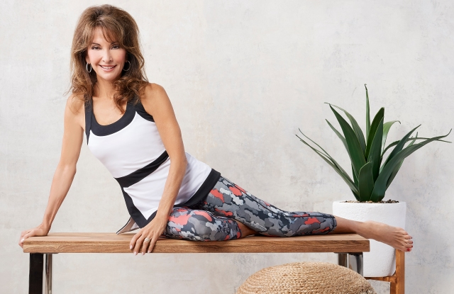 A308494-Susan Lucci Collection Cropped Printed Leggings_A30827-Susan lucci Collection Color Block Tank