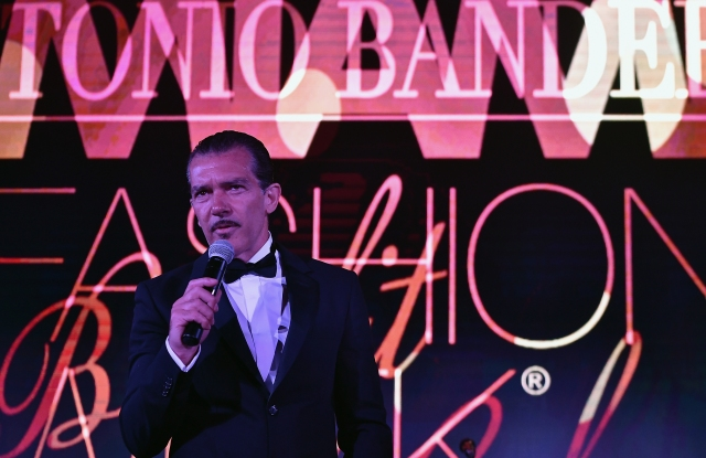 MIAMI, FL - JUNE 02:  Antonio Banderas speaks at the Miami Fashion Week Benefit Gala at Dupont Building on June 2, 2017 in Miami, Florida.  (Photo by Gustavo Caballero/Getty Images for Miami Fashion Week)