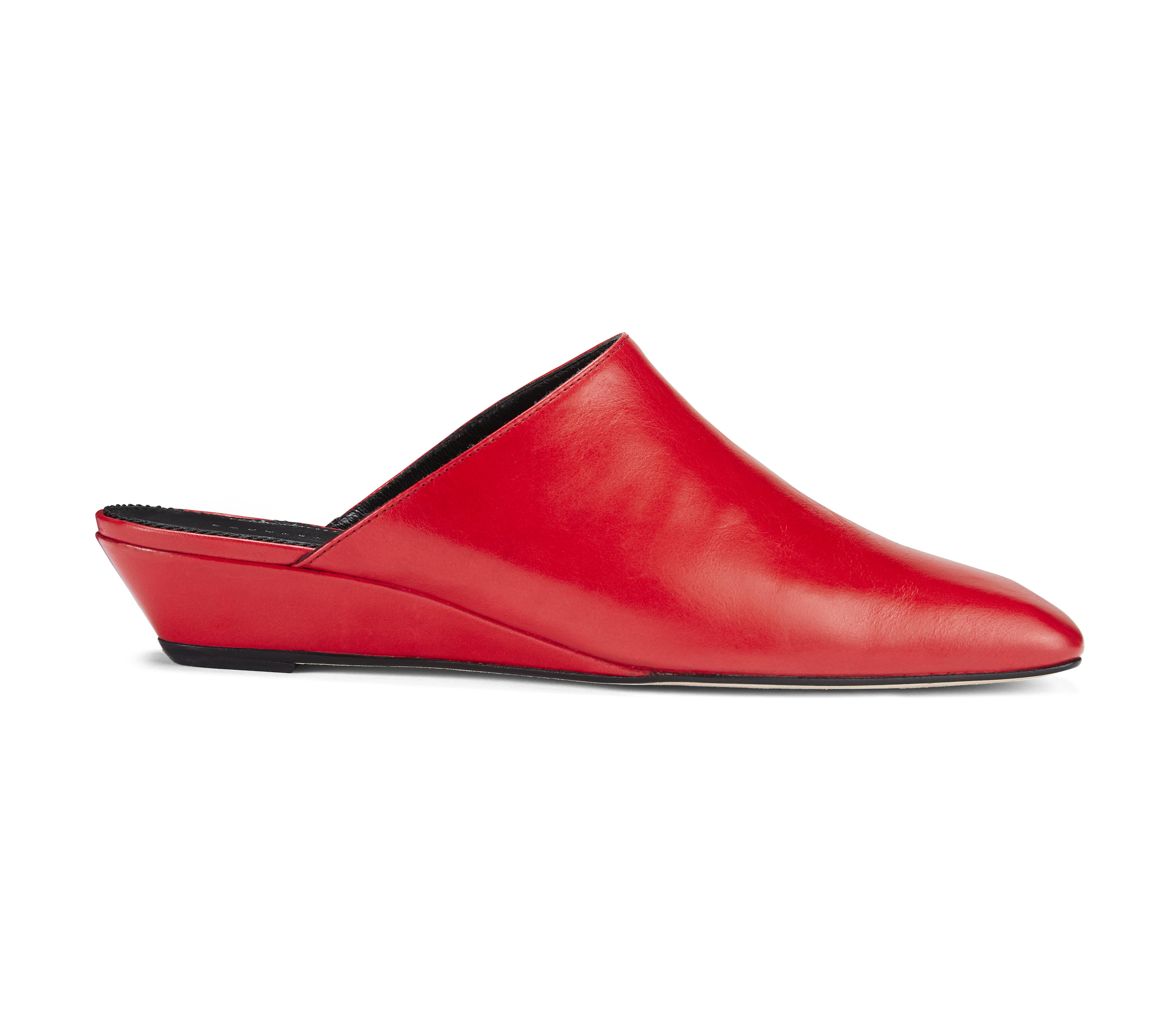 Dorateymur slipper.
