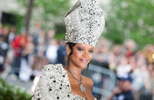 55 Unforgettable Met Gala Red Carpet Looks.jpg