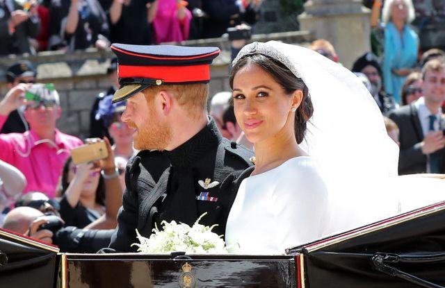 Meghan Markle wedding dress royal wedding 2018.