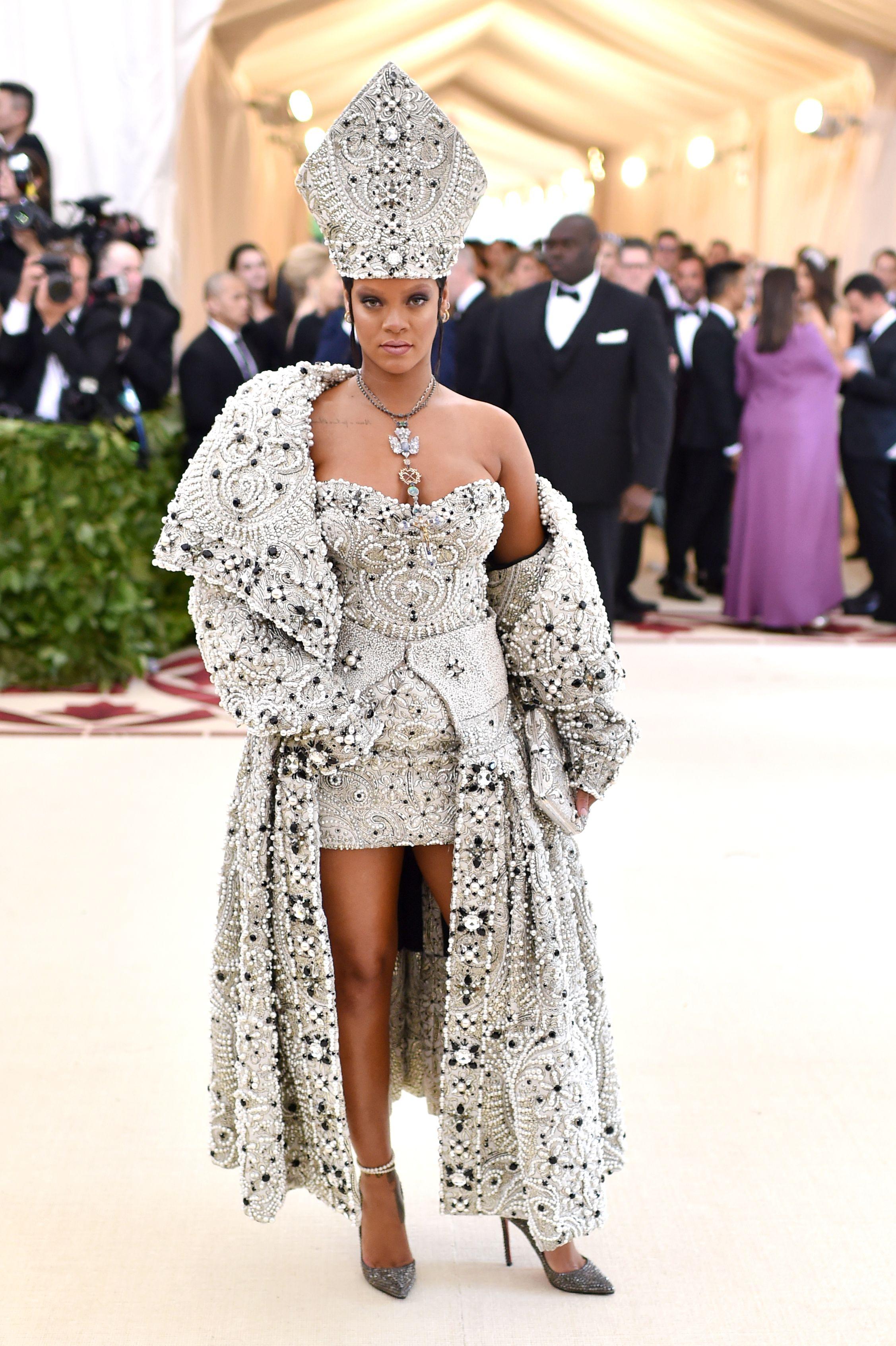 Rihanna in Maison Margiela, Met Gala 2018