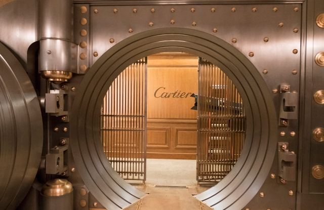 """Cartier vault created for Warner Bros. Pictures' and Village Roadshow Pictures' """"Ocean's 8,"""" a Warner Bros. Pictures release."""