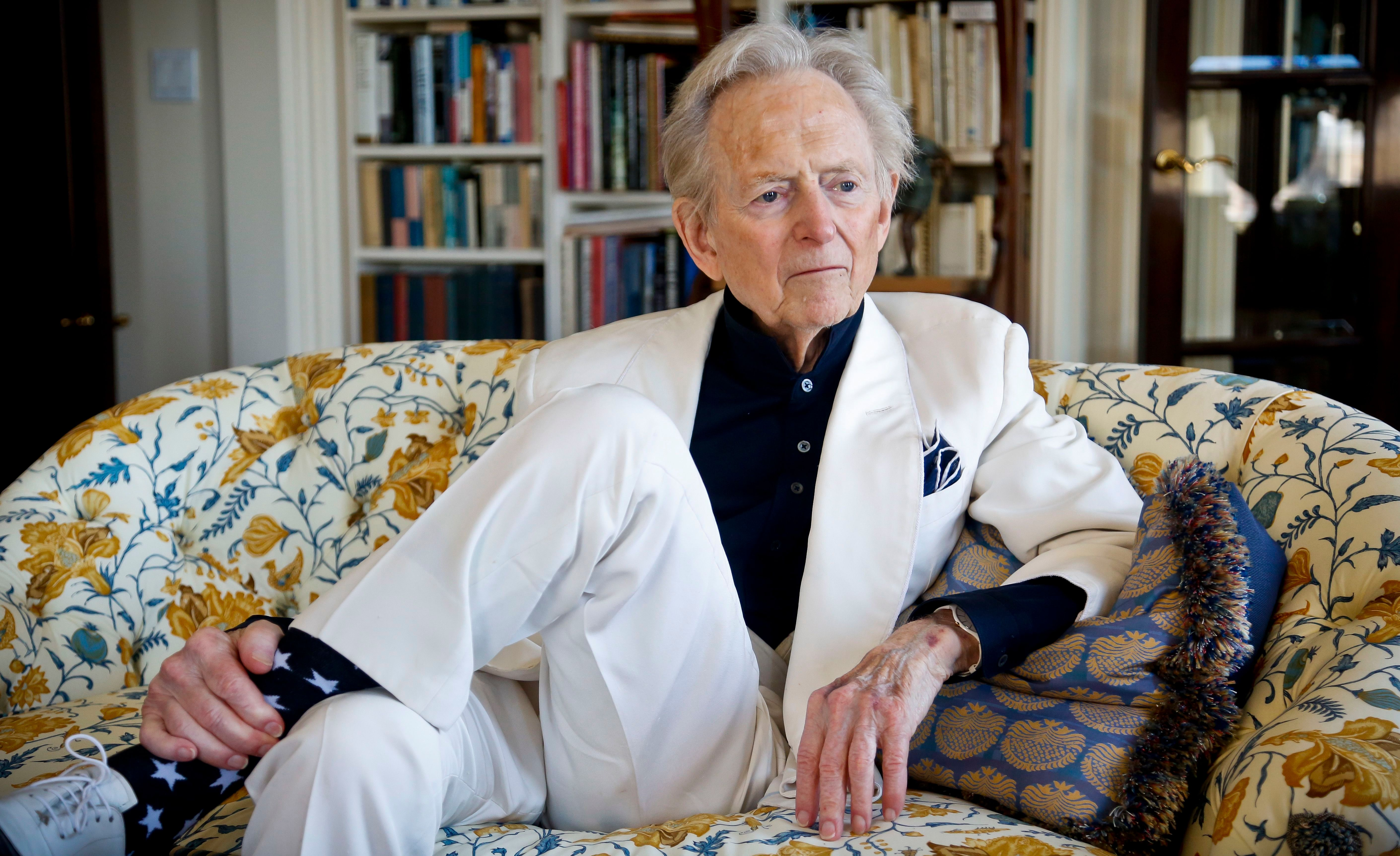 "Tom Wolfe American author and journalist Tom Wolfe, Jr. appears in his living room during an interview about his latest book, ""The Kingdom of Speech,"" in New YorkTom Wolfe photo shoot, New York, USA - 26 Jul 2016"