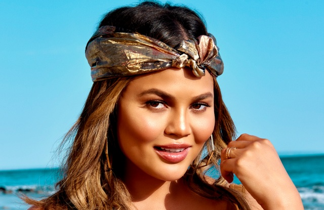 Chrissy Teigen, Becca Cosmetics reunite for a second collaboration, the Endless Summer Glow Collection.