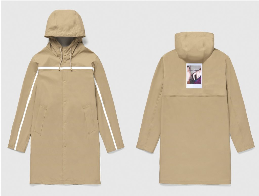 A raincoat from the Stutterheim x No. 21 capsule collection.