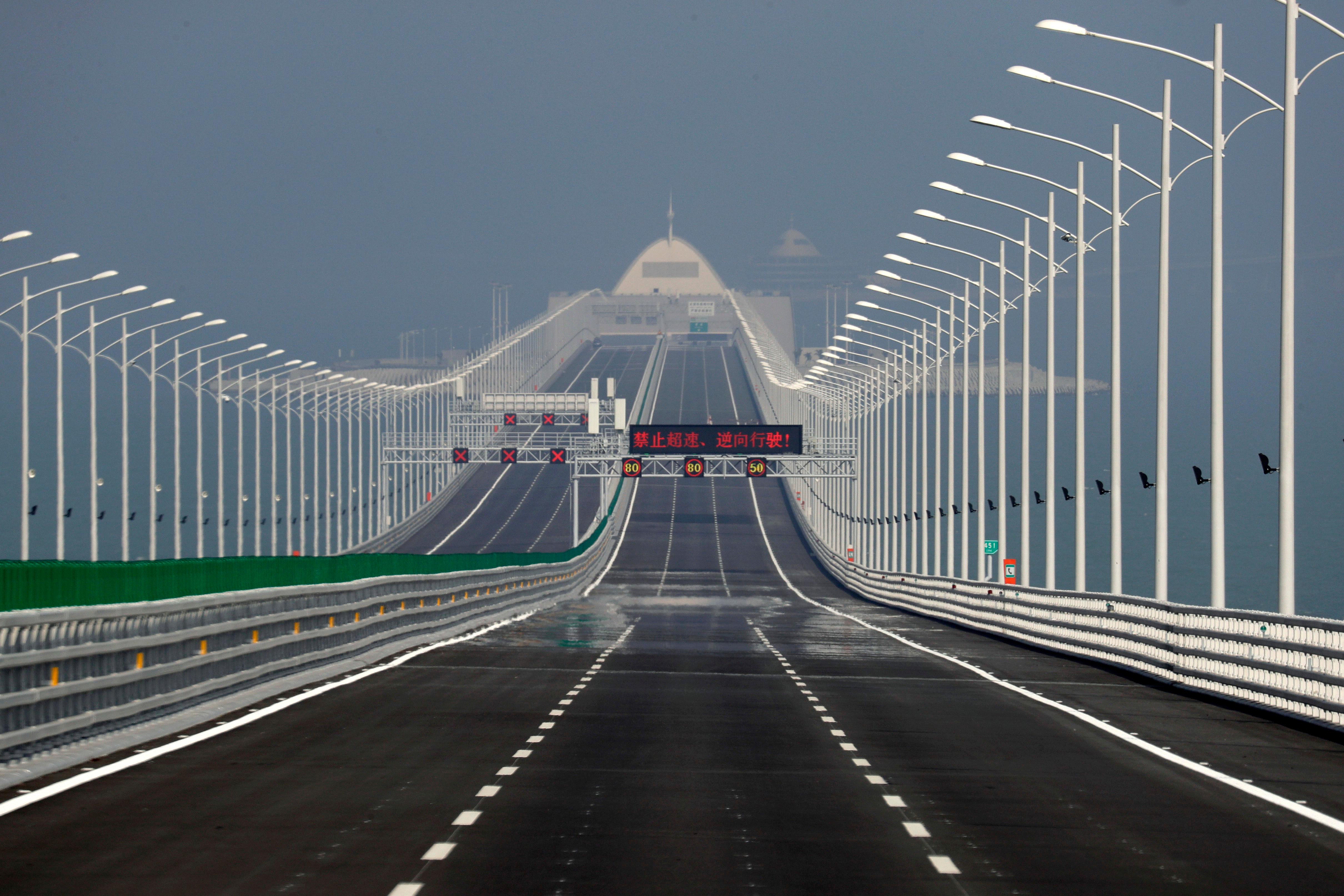 The Hong Kong-Zhuhai-Macau Bridge runs 55 km long.