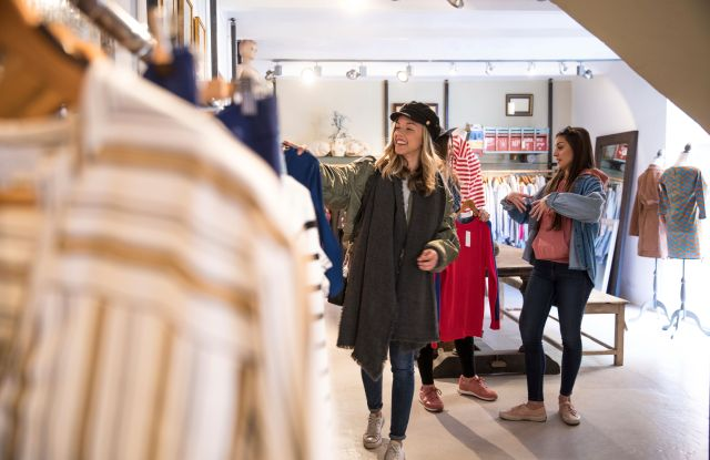retail first quarter comp sales