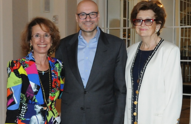 Rose Marie Bravo, Tapestry Inc.'s Victor Luis and Margaret Hayes.