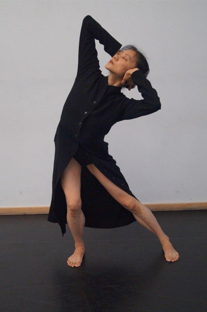 Tabula Rasa Dance Theater performer