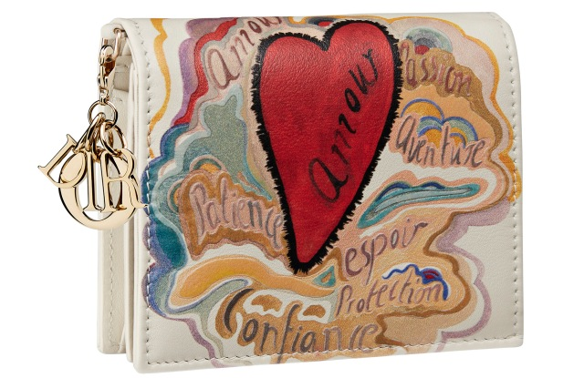A handbag from the Dioramour collection.