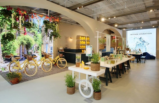 L'Occitane's new Fifth Avenue store has a bike through Provence backdrop perfect for Instagram.