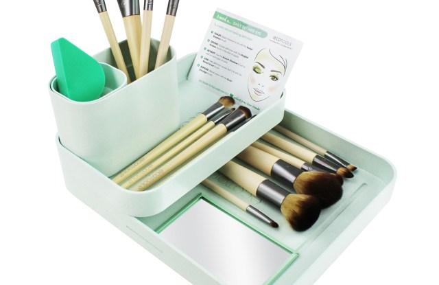 EcoTools makeup brushes.