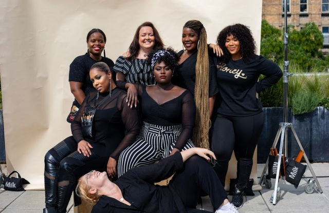 Danielle Brooks (center) on the photo shoot with a plus-size crew.
