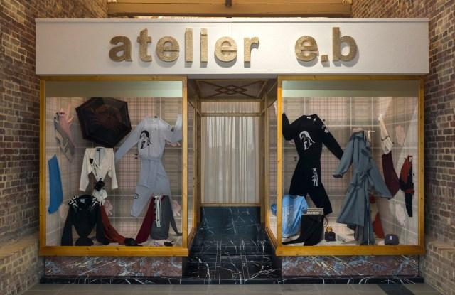 Atelier E.B: Passer-by, Installation view, Serpentine Galleries, London