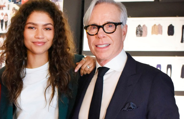"conformarsi Indefinito leggero  Tommy Hilfiger to Take ""See Now Buy Now"" Show to Paris – WWD"