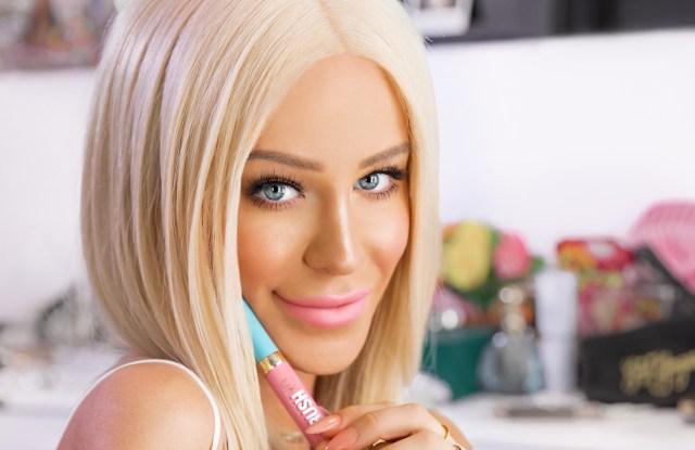 Gigi Gorgeous for CrushXO