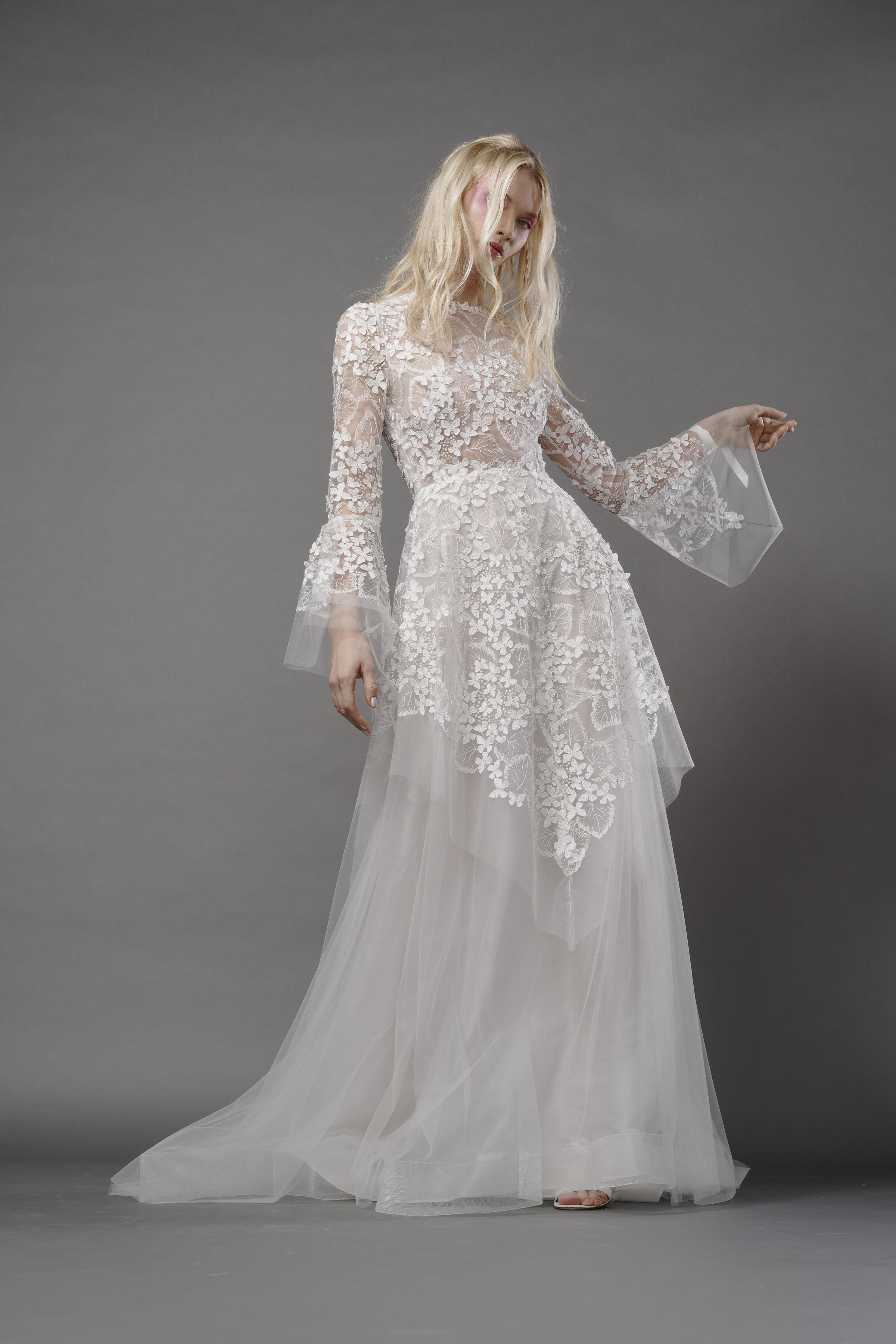 Elizabeth Fillmore Spring 2018 Wedding Dress