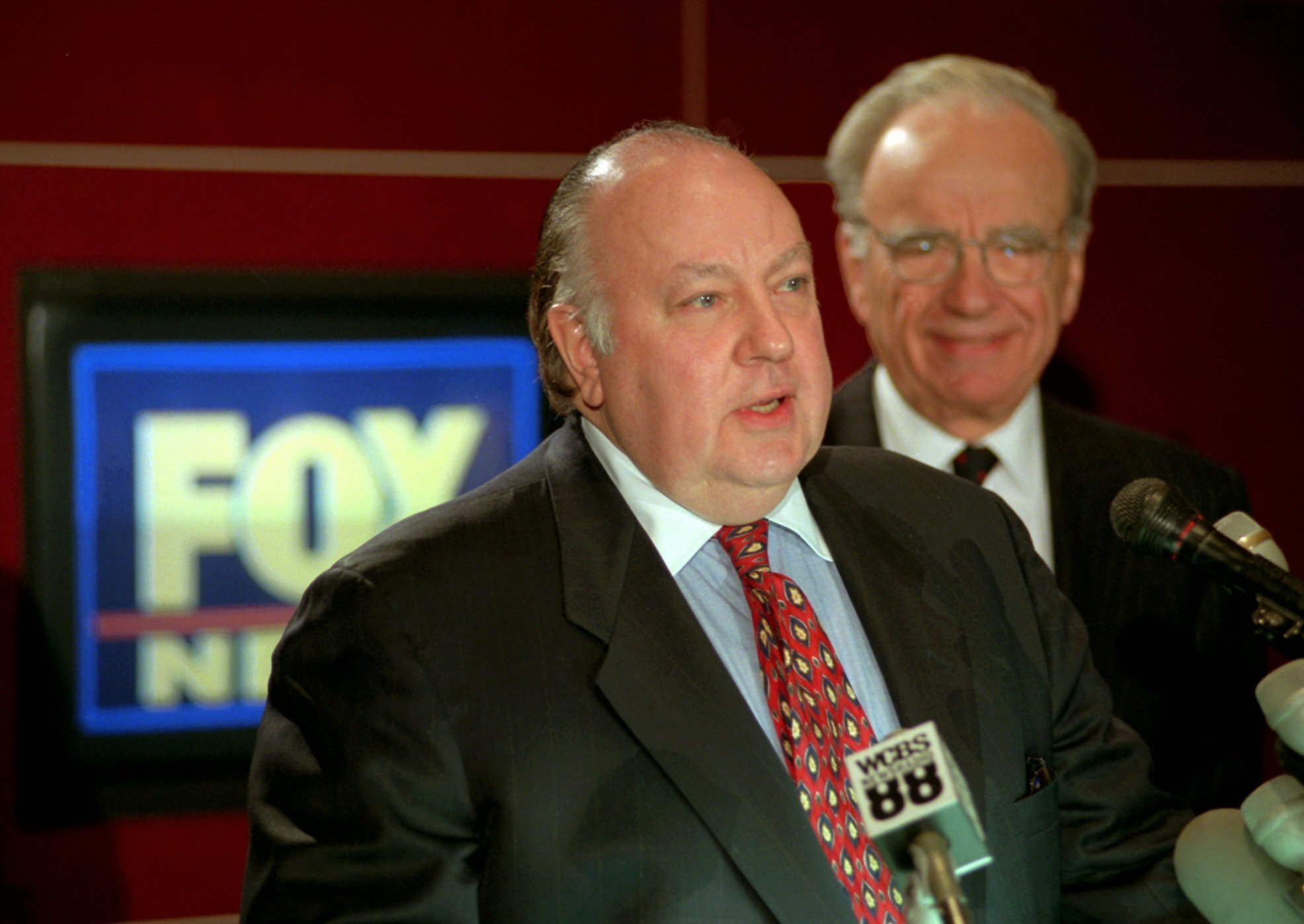 Roger Ailes, left, speaks at a news conference as Rupert Murdoch looks on after it was announced that Ailes will be chairman and CEO of Fox News. 21st Century Fox said, that Ailes is resigning immediately. Murdoch will assume the role of Chairman and acting CEO of Fox News Channel and Fox Business NetworkTV Fox Ailes, New York, USA