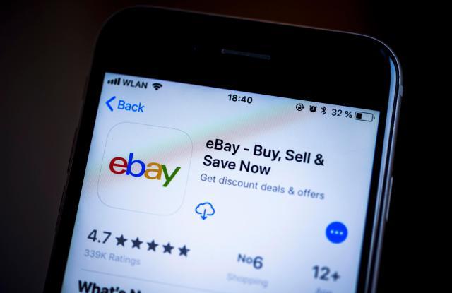 EBay app in the Apple App Store, app icon, display, iPhone, iOS, smartphone, display, screenshot, close-up, detail, full size, detailVARIOUS