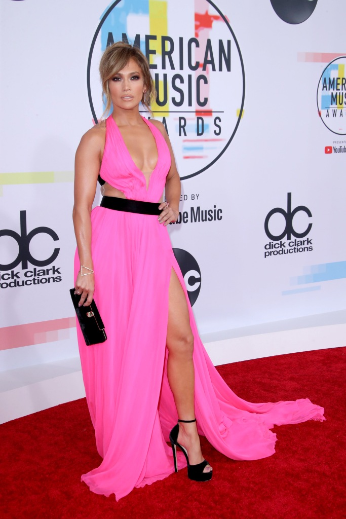Jennifer LopezAmerican Music Awards, Arrivals, Los Angeles, USA - 09 Oct 2018 WEARING GEORGES CHAKRA SAME OUTFIT AS CATWALK MODEL *9734905j