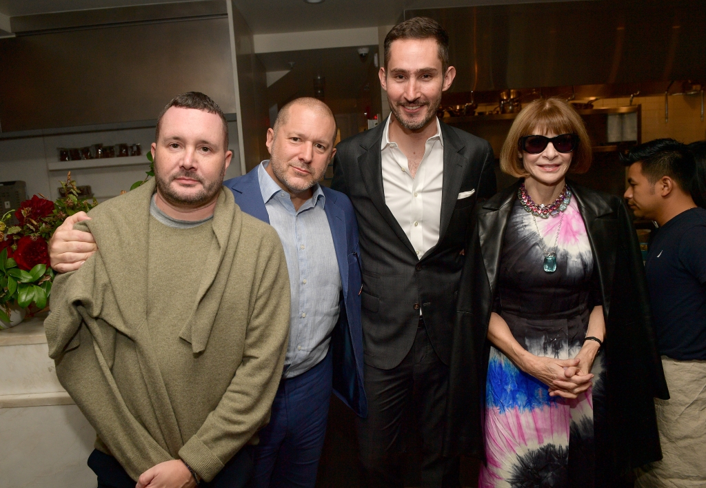 SAN FRANCISCO, CA - OCTOBER 14: Kim Jones, Jony Ive, Kevin Systrom and Anna Wintour attend VIP Dinner For WIRED's 25th Anniversary, Hosted By Nicholas Thompson And Anna Wintour at Tartine Manufactory on October 14, 2018 in San Francisco, California. (Photo by Matt Winkelmeyer/Getty Images for WIRED25 )