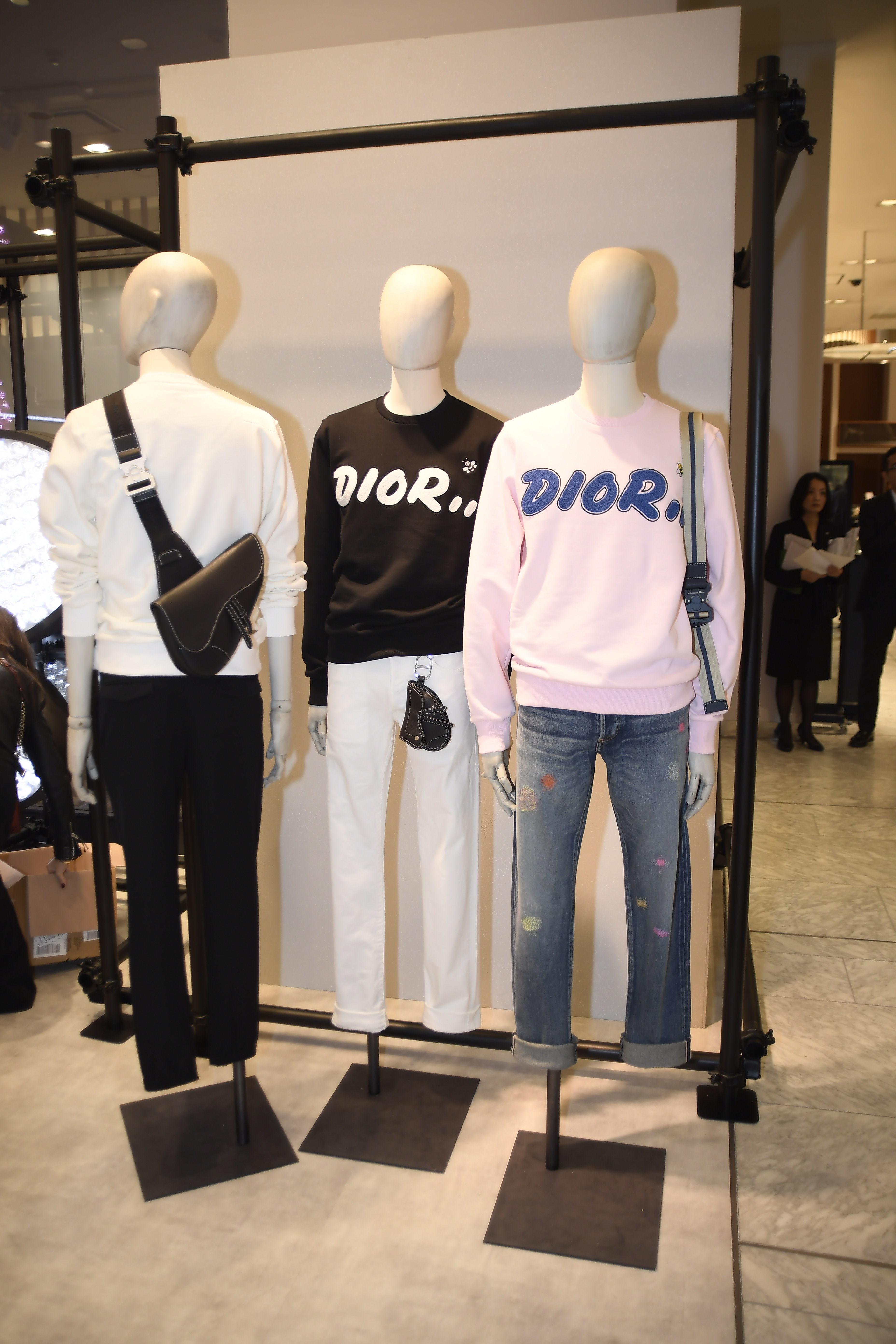 Kim Jones Unveils Dior Men's Spring 2019 Collection at Tokyo Pop-Up