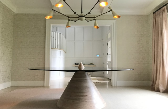 Erickson Aesthetics's Halo Table