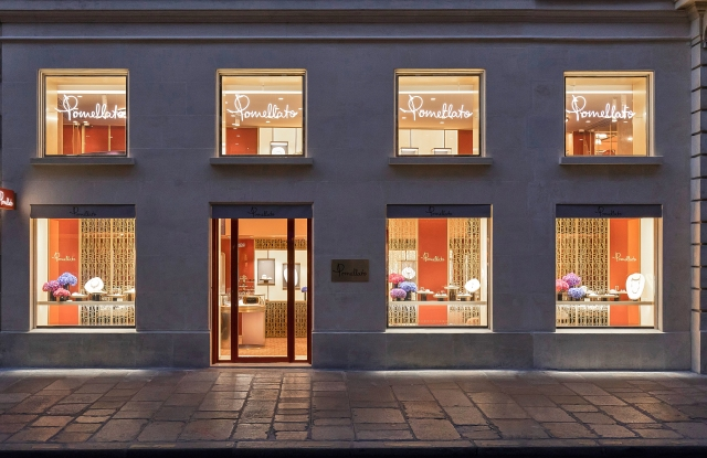 Pomellato's Paris store at 350 rue Saint Honoré