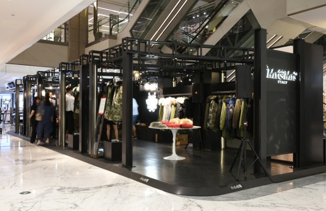 Mr and Mrs Italy pop-up shop at SKP