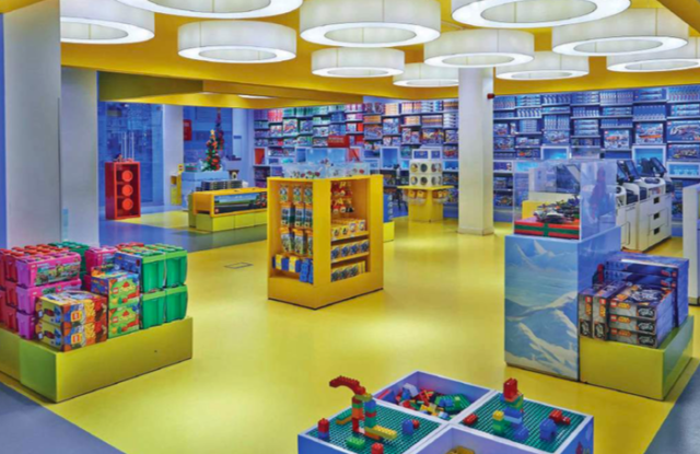 Lego's immersive store experience is the first of its kind in China.
