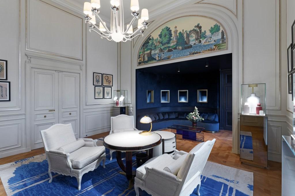 """Boucheron's """"salon de créations"""""""