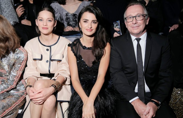 Marion Cotillard, Penelope Cruz, and Bruno Pavlovsky in the front row at Chanel Métiers d'Art 2019.