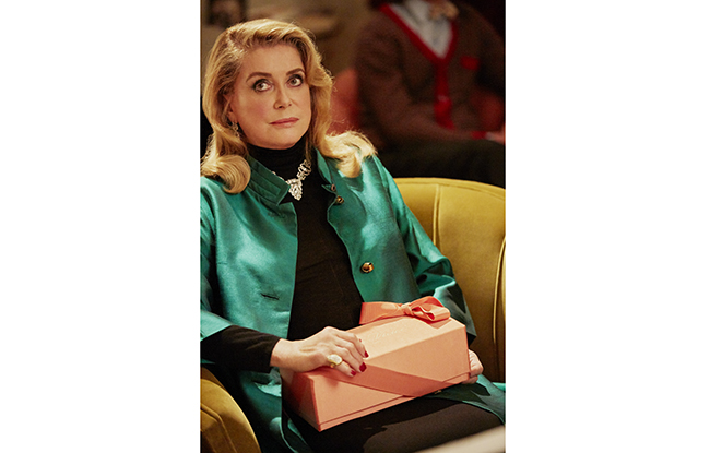 "Catherine Deneuve in Roger Vivier's ""Duo des Chats."""