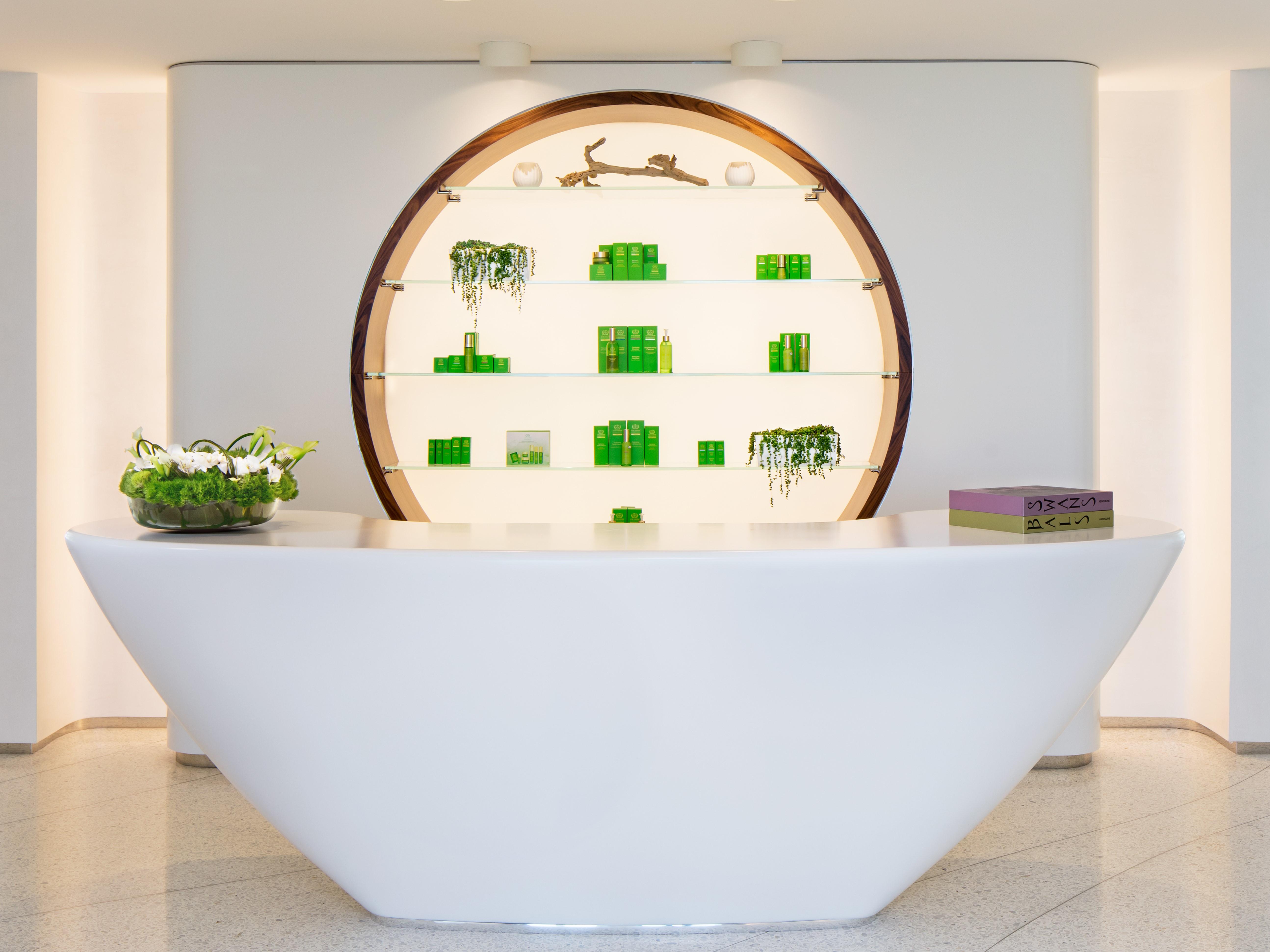 Jade Signature Condominium spa