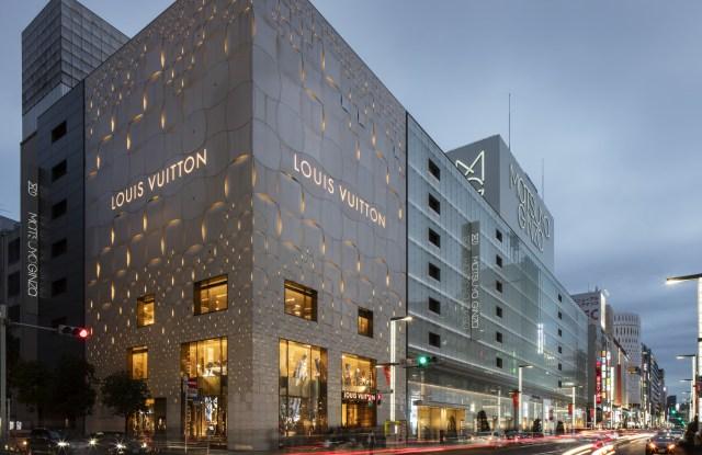 Store Elevation With Street. Louis Vuitton Tokyo, Tokyo, Japan. Architect: Aoki Jun And Associates, 2017. Louis Vuitton Tokyo, Tokyo, Japan. Architect: Aoki Jun and associates, 2017.
