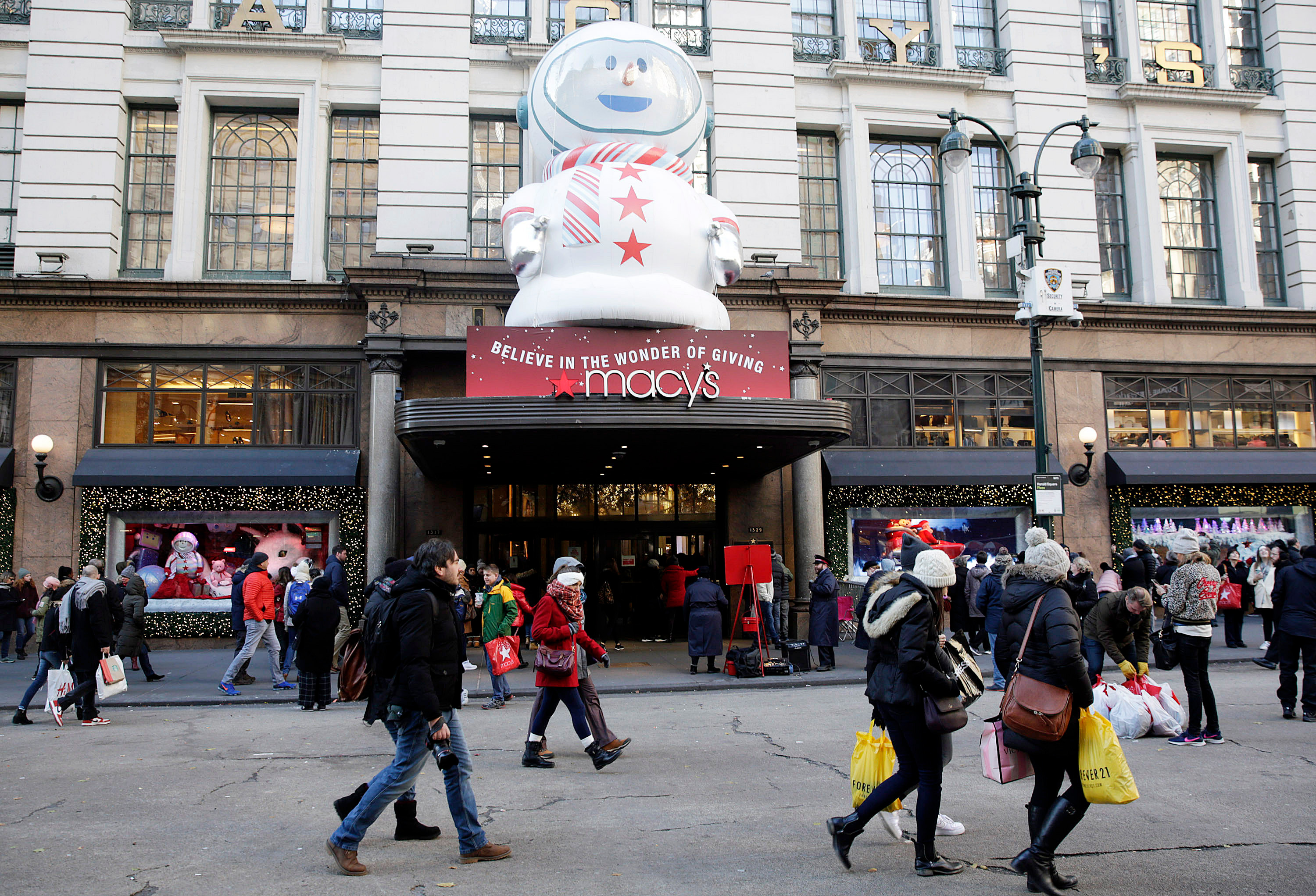 Shoppers are seen outside MACY'S Herald Square as bargain hunters seek low price deals during 'Black Friday' holiday shopping in New York, New York, USA, 23 November 2018. Black Friday is the day after the USA Thanksgiving Day and is regarded as the start of the Christmas shopping season.Black Friday holiday shopping in New York, USA - 23 Nov 2018