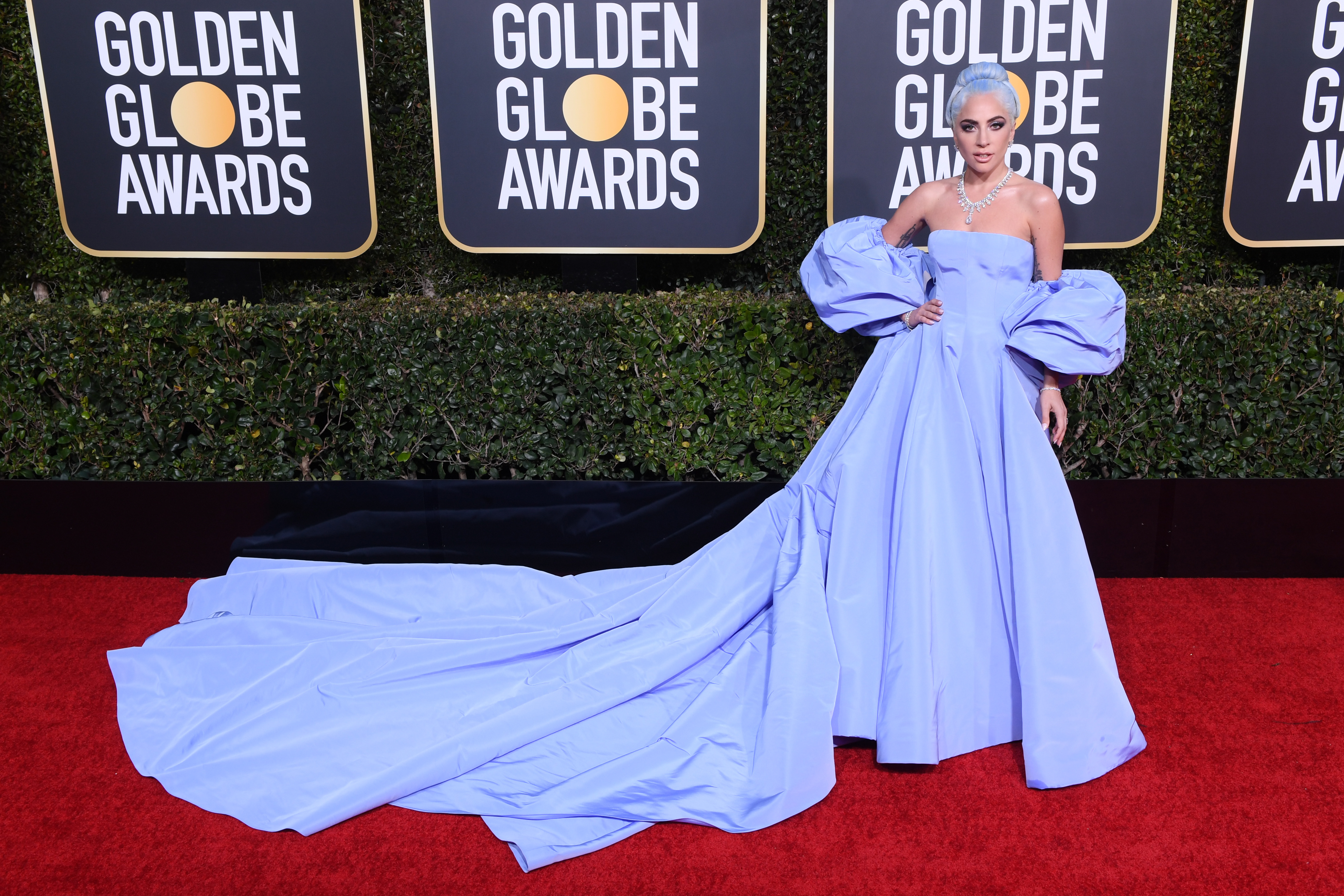 Fashion With a Mix of Messages for Golden Globes 5 – WWD